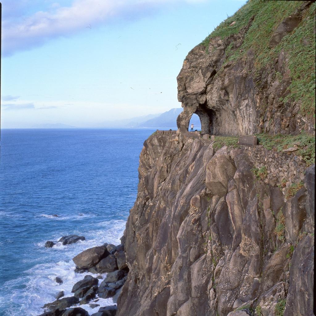 太平洋に面する清水断崖