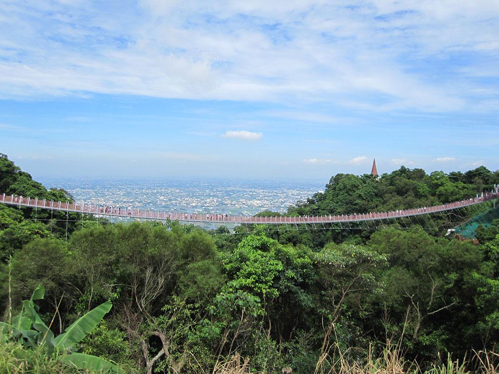 猴探井遊憩區-天空之橋