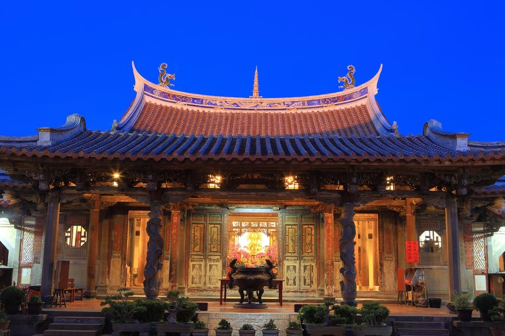 鹿港龍山寺夜景