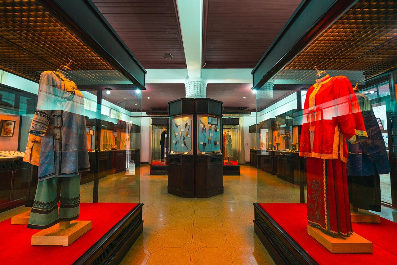 鹿港民俗文物館內部