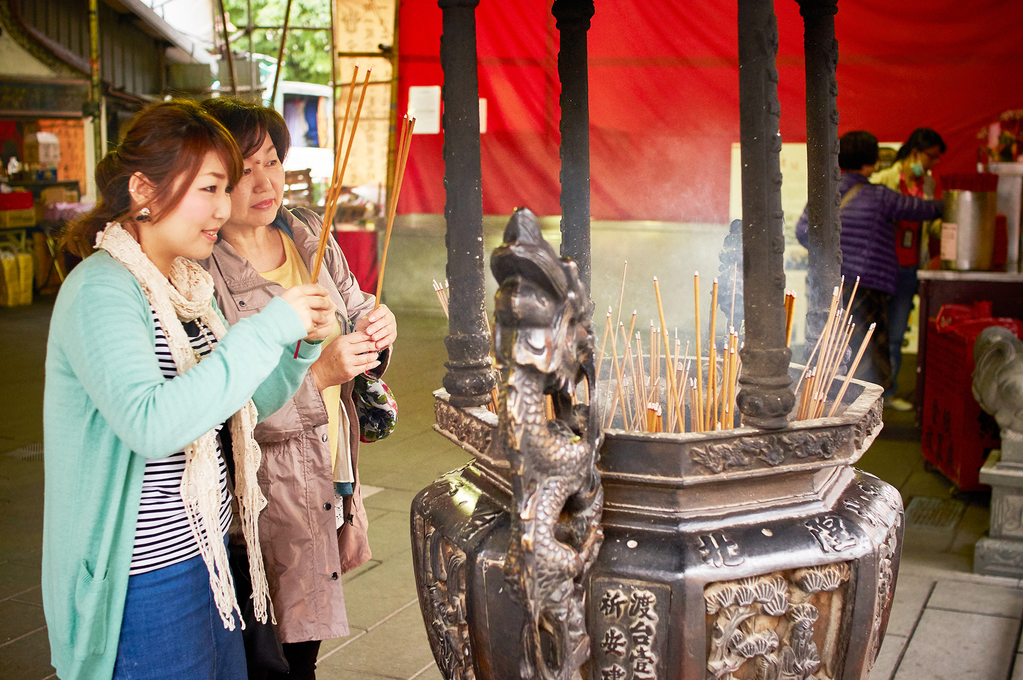 霞海城隍廟求姻緣