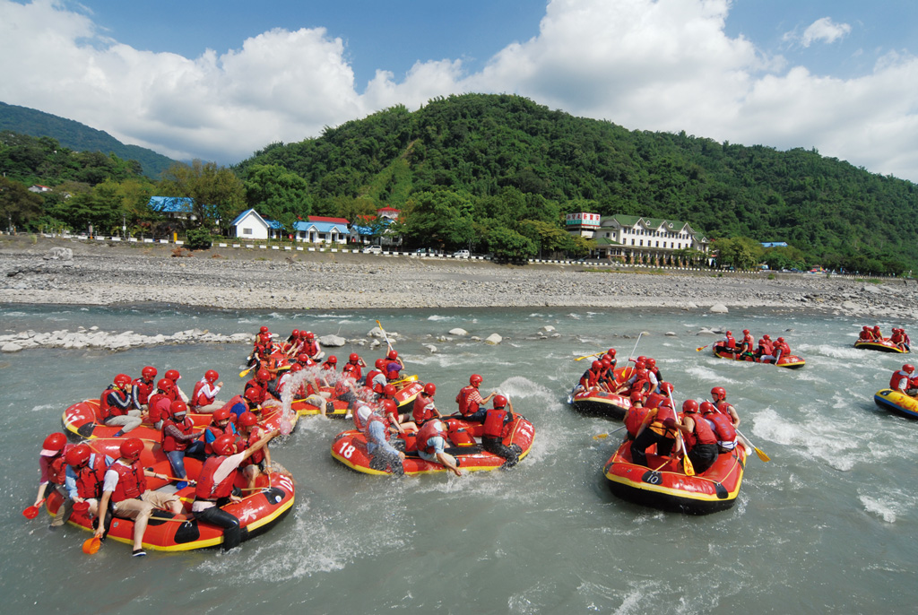 Maolin National Scenic Area--Rafting on Laonong River