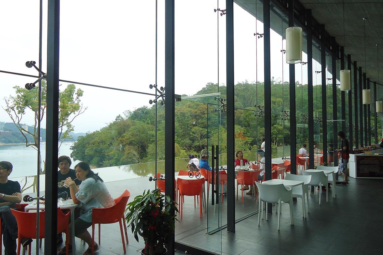向山咖啡館