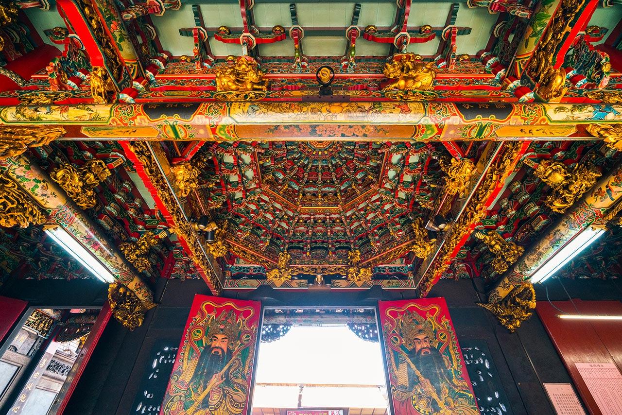 新竹都城隍廟大門