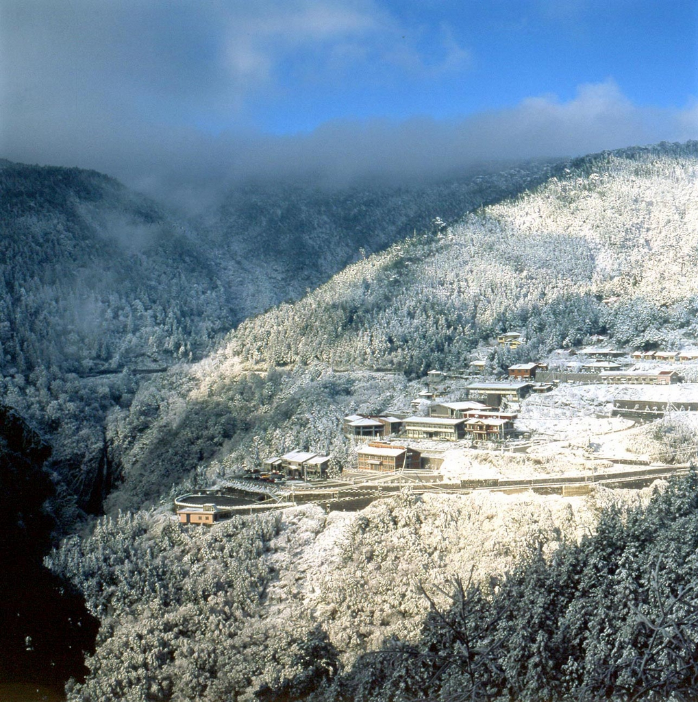 Snow-covered Taipingshan