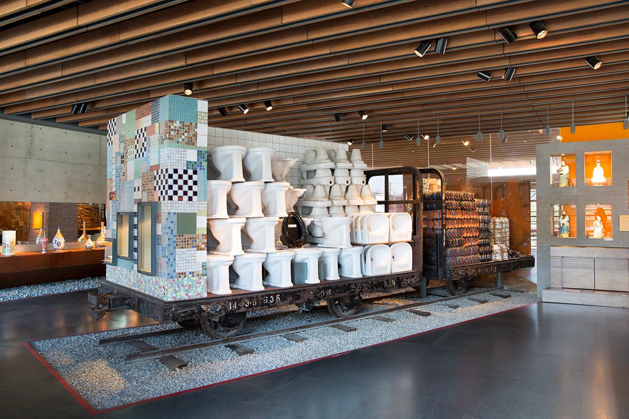鶯歌陶瓷博物館常設展覽:硘仔鎮