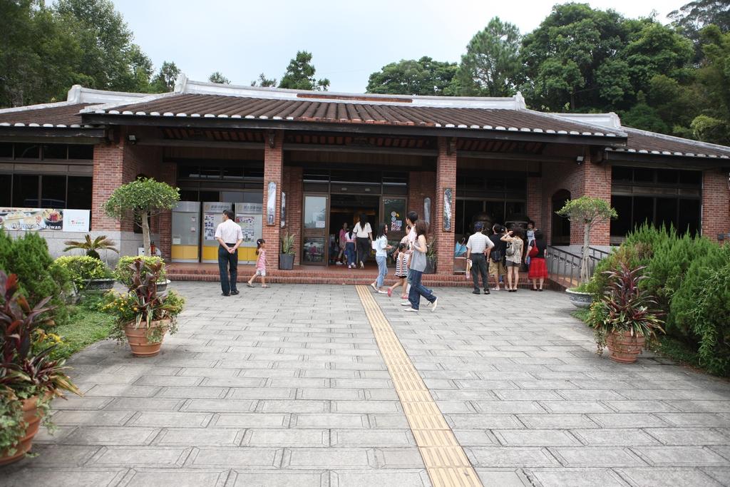 Cihu Visitor Center