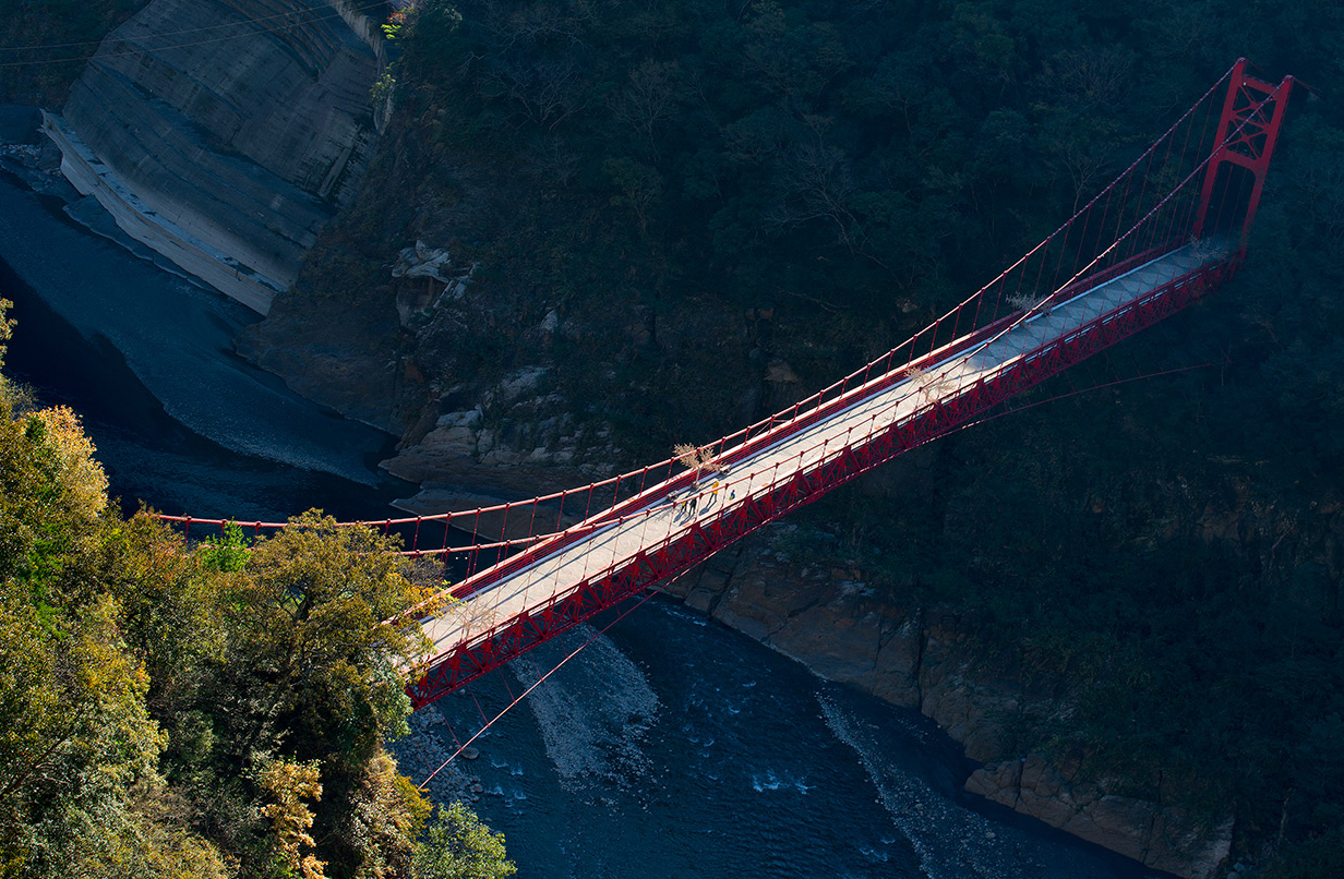 爺亨梯田與橋梁