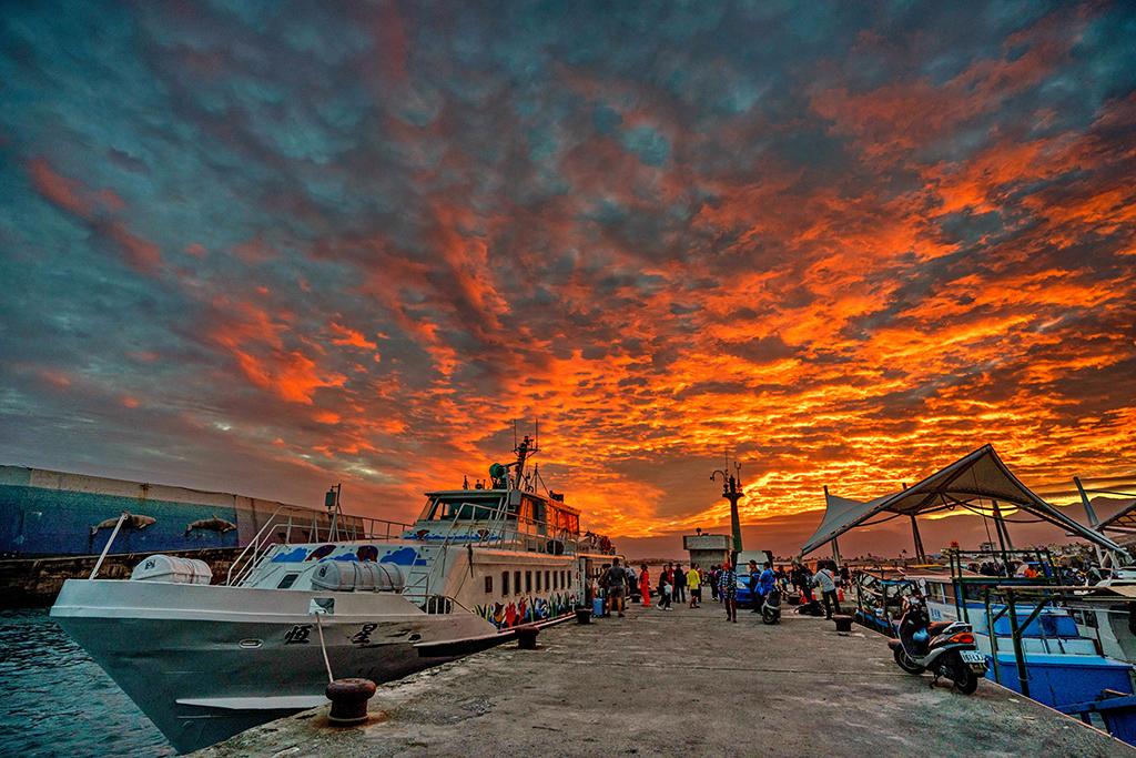 富岡漁港美景