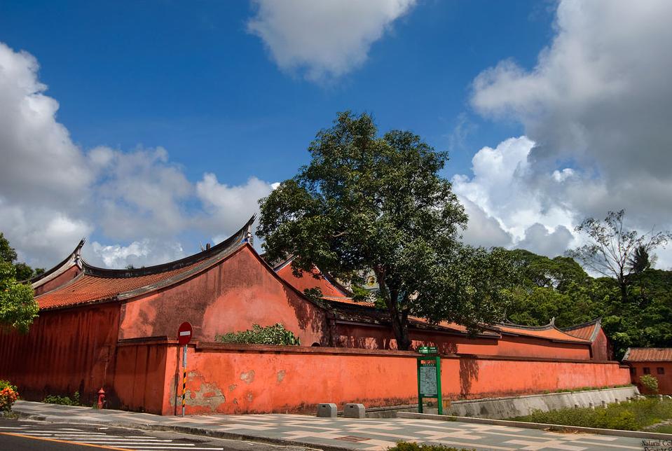 台南市孔廟外牆
