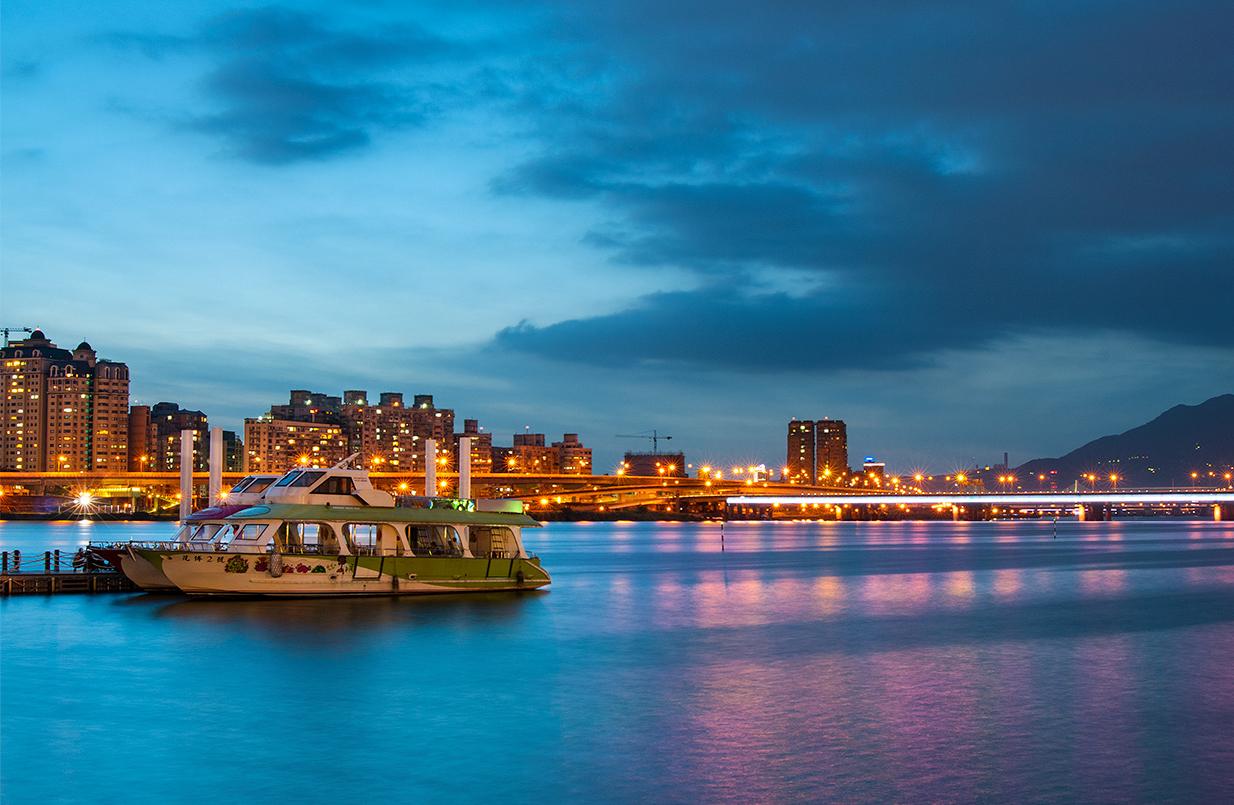 大稻埕碼頭黃昏景色