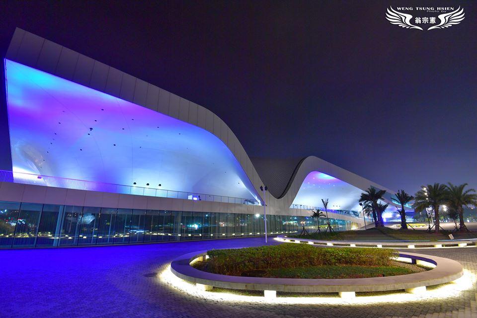 衛武營國家藝術文化中心夜景(翁宗憲攝影師提供)