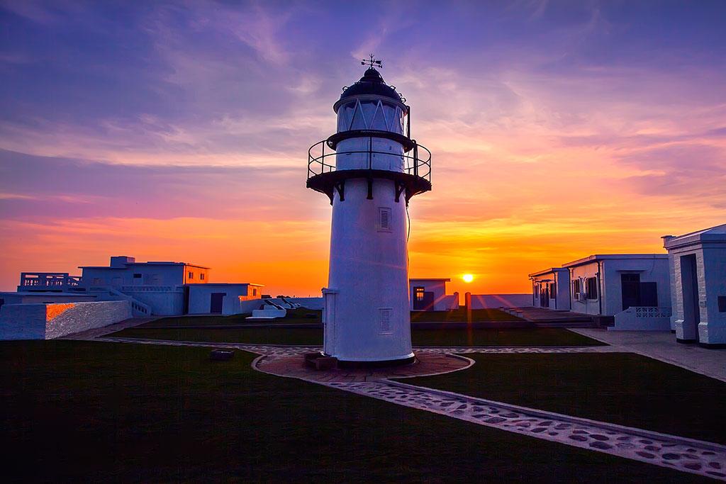 漁翁島燈塔日落