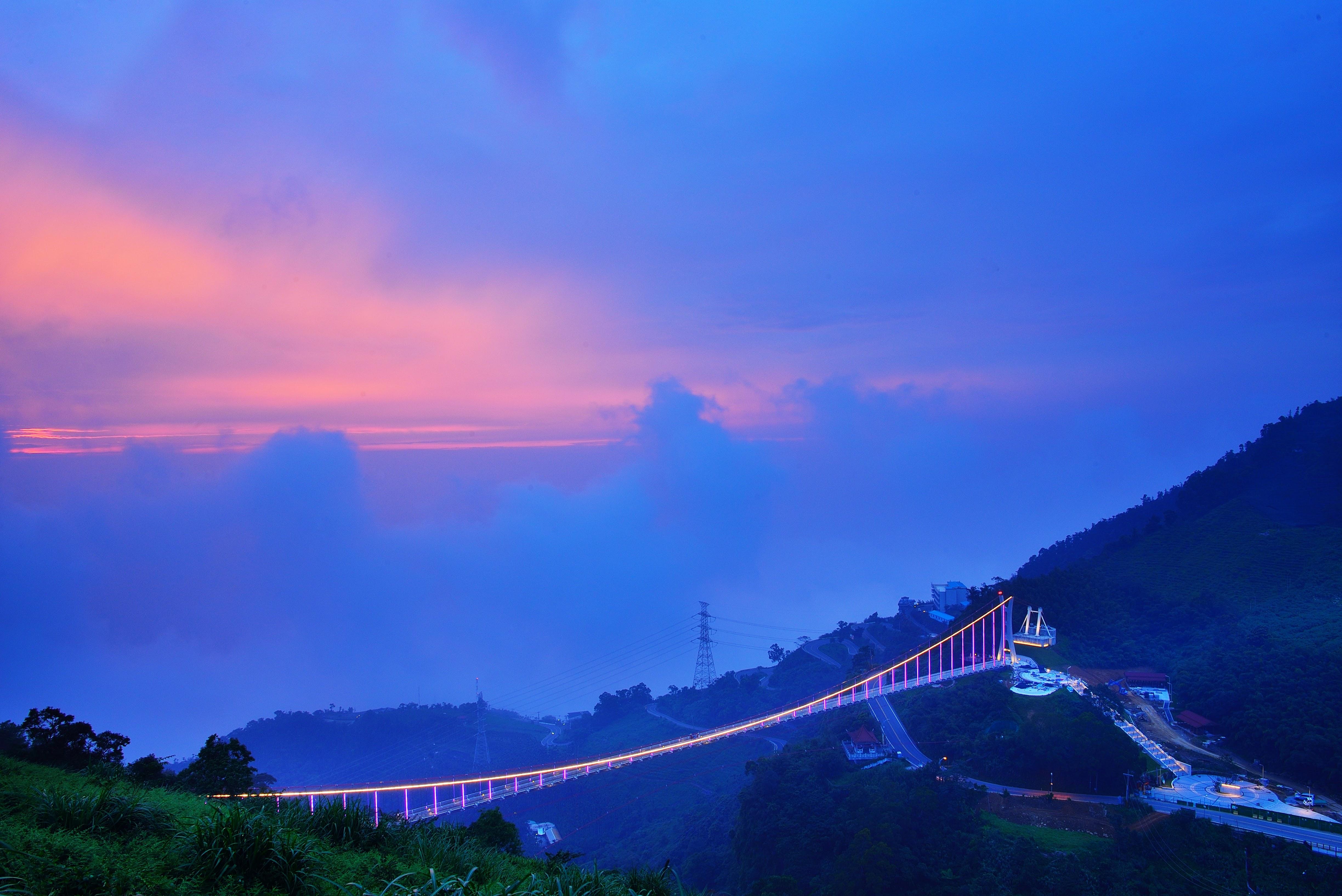 太平雲梯夕陽(黃源明老師提供)