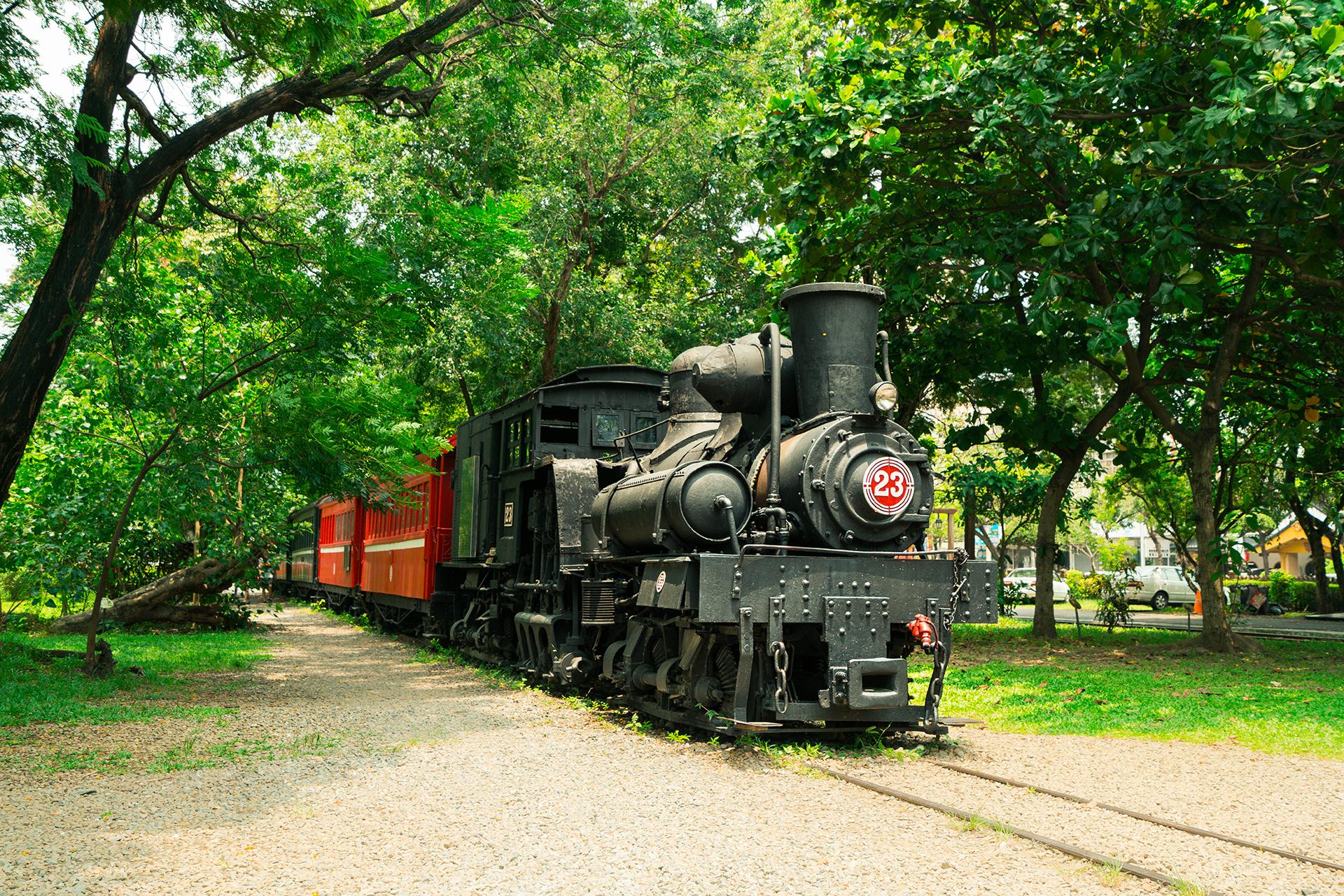 25號蒸汽火車