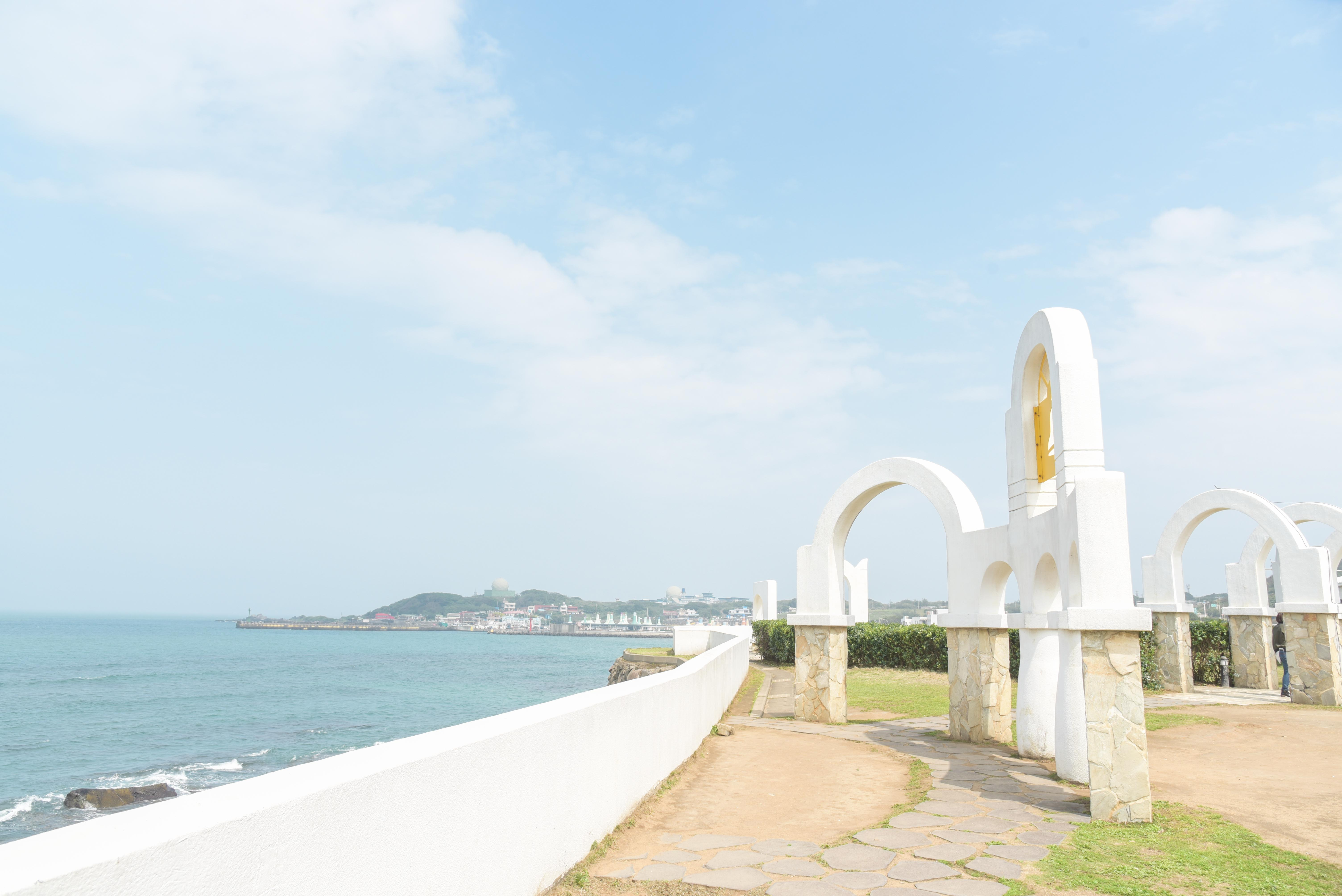 Surroundings of Shimen Wedding Plaza
