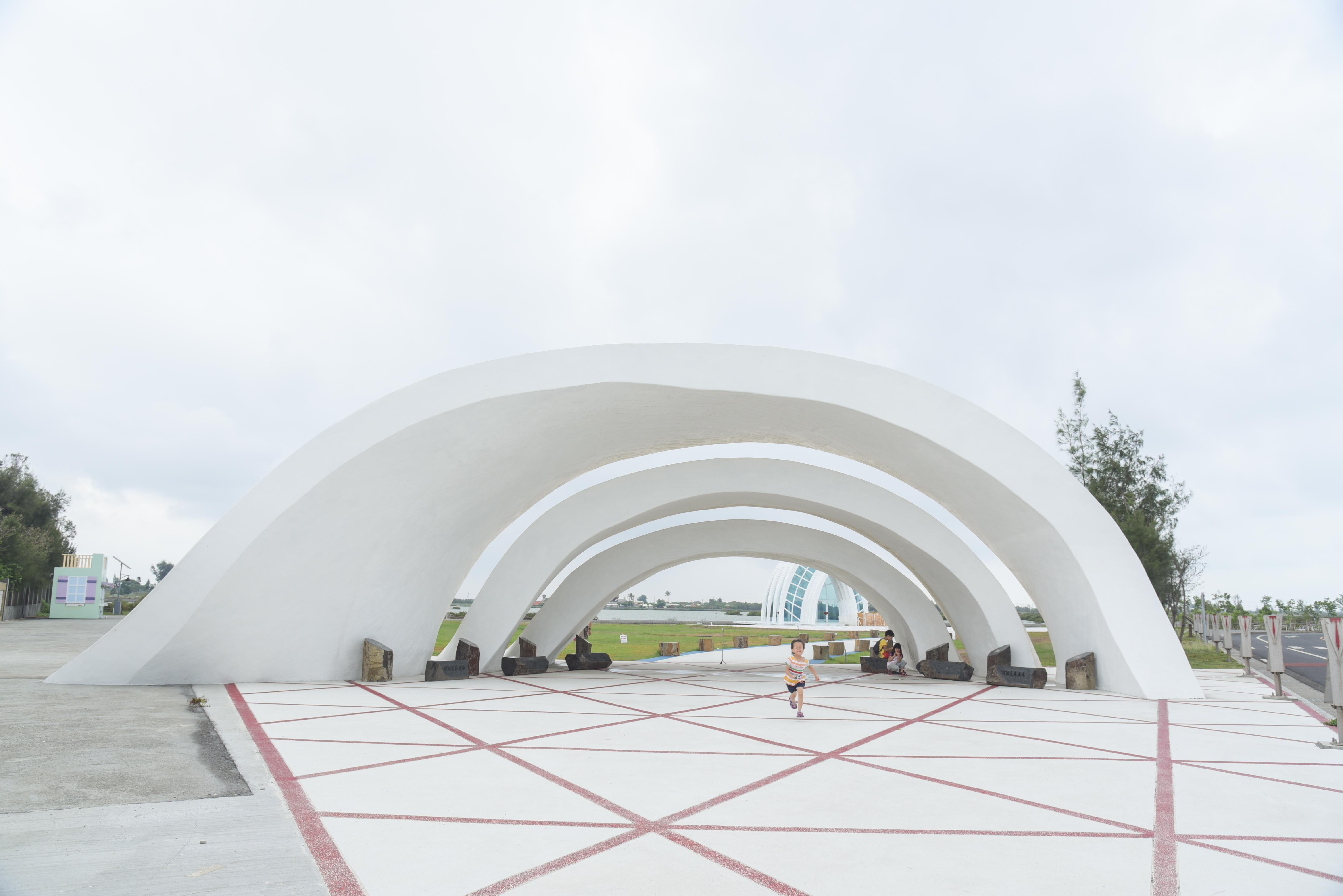 水晶教堂螺炫天幕廣場