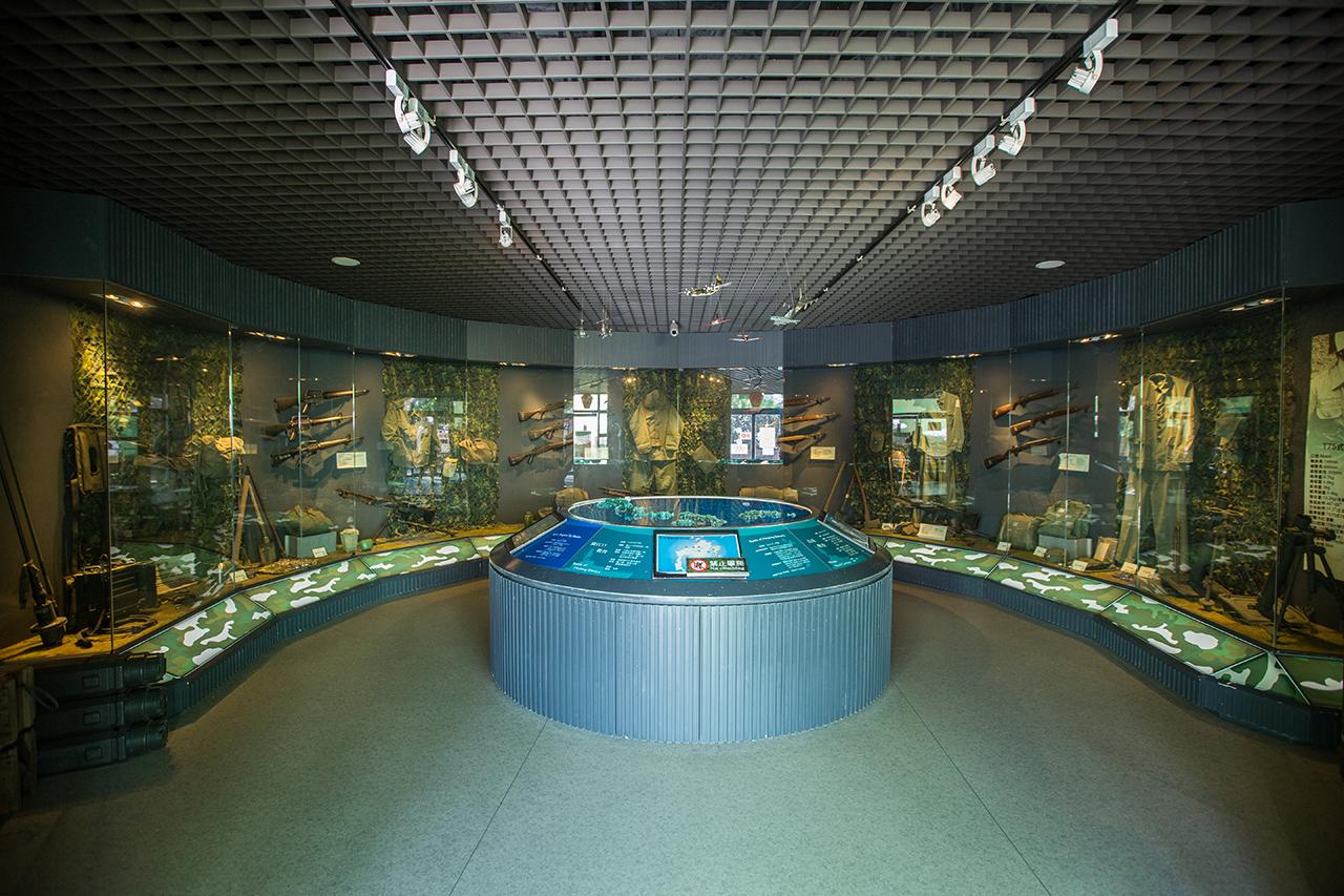 五大戰役與軍用品展示區