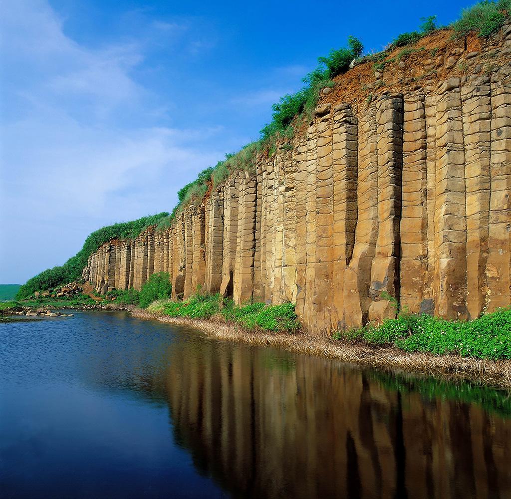 大菓葉柱狀玄武岩美景