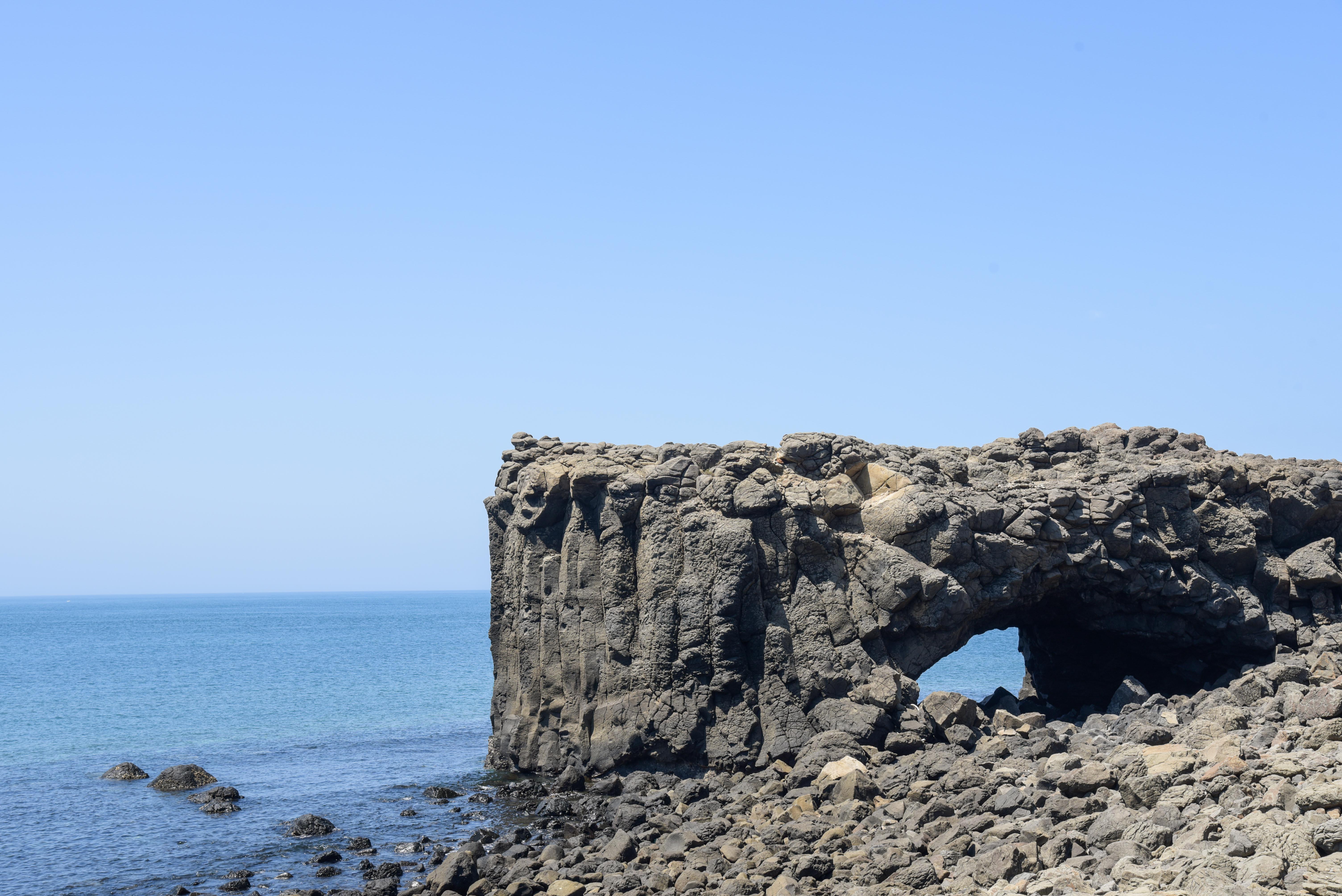 小門地質館鯨魚洞
