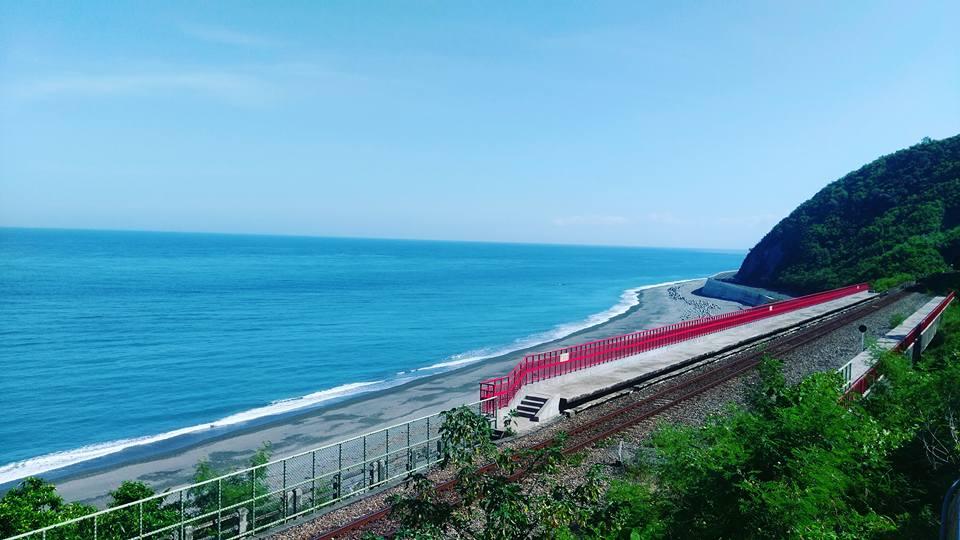 多良車站眺望太平洋