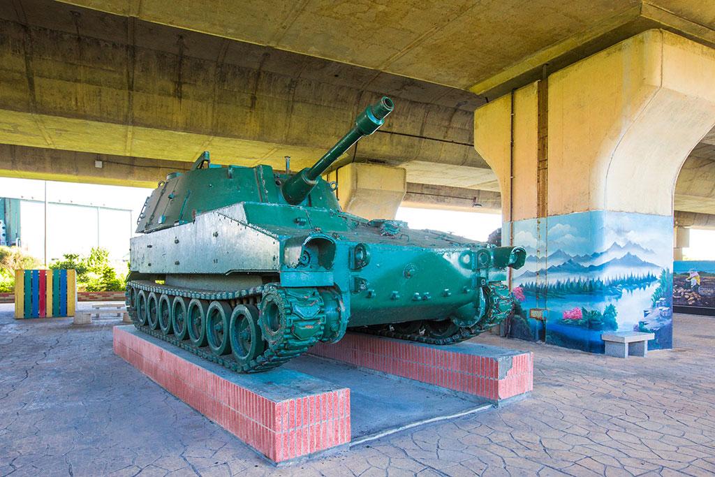 M108自走砲車