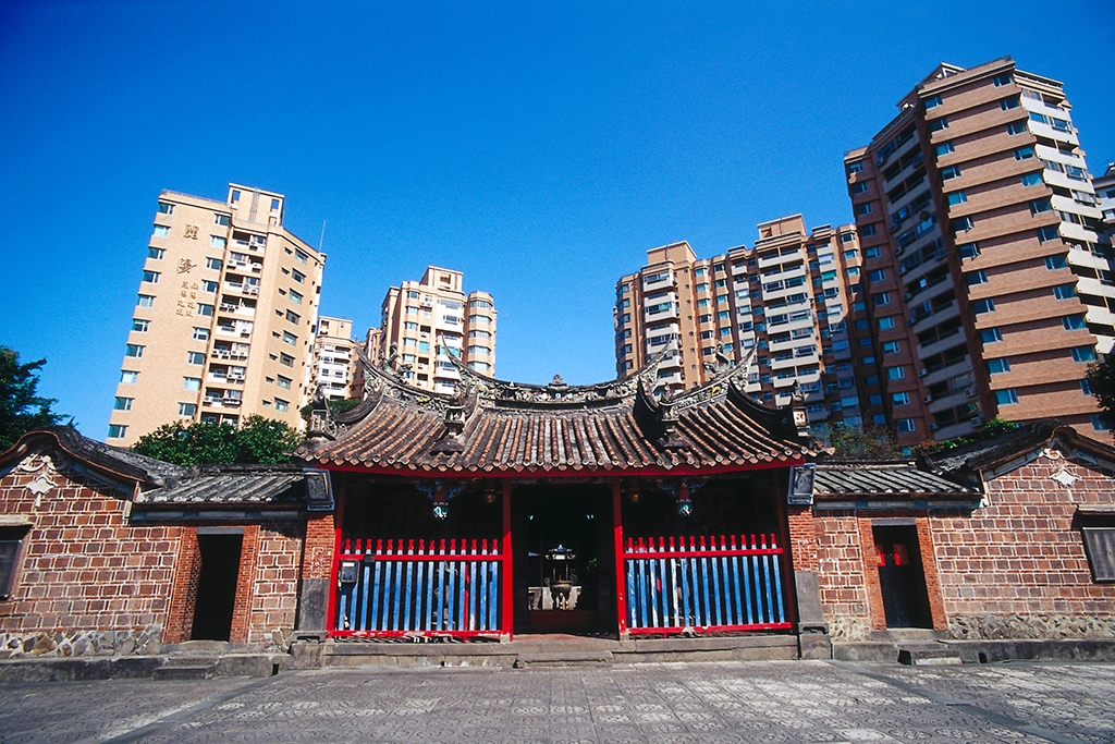 Yinshan (Yin Mountain) Temple