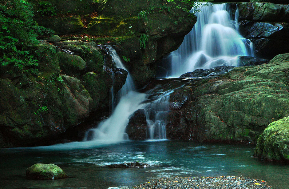 Waterfalls in Manyueyuan National Forest Recreation Area