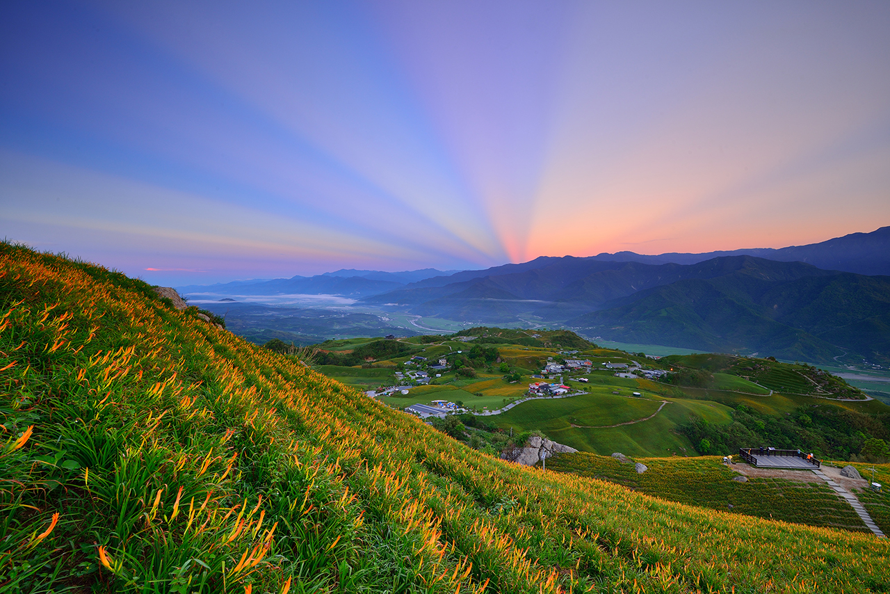 The peaceful landscape of Liushishi Mountain