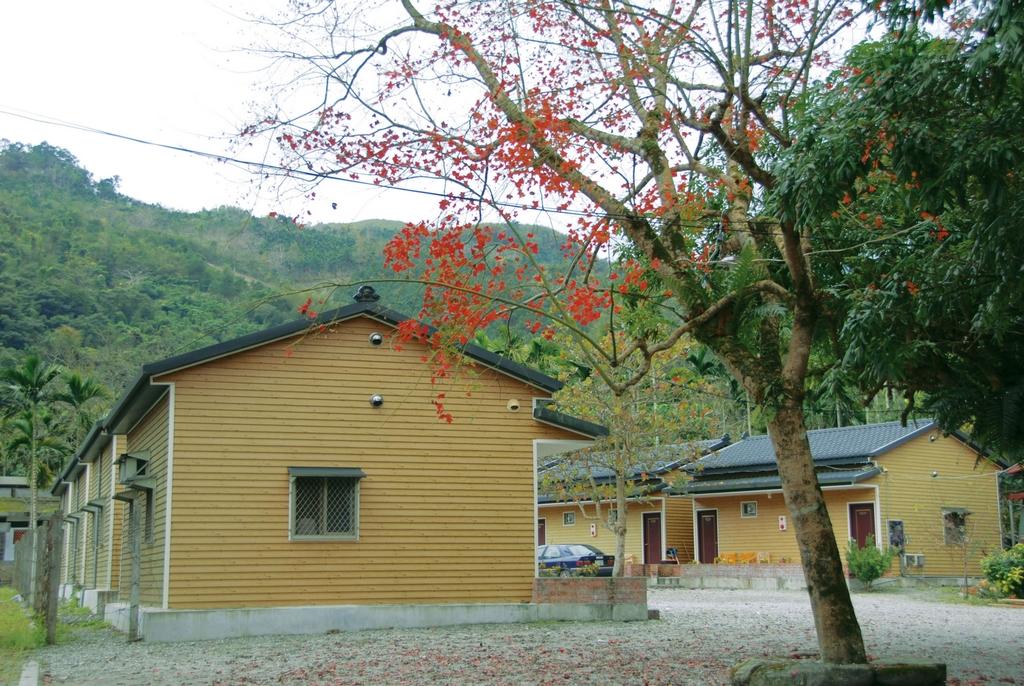 Hongye Hot Springs