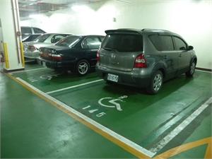 馬公機場 - 無障礙停車位