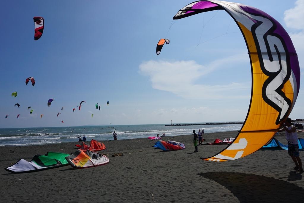 大鵬灣風箏浪板邀請賽