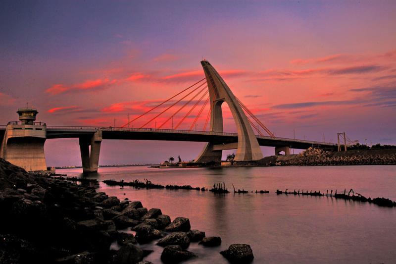 鵬灣跨海大橋黃昏