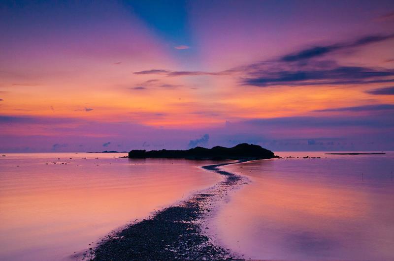 奎壁山赤嶼日出