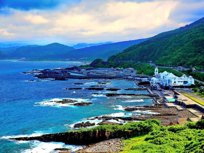 周文章-美麗的海岸