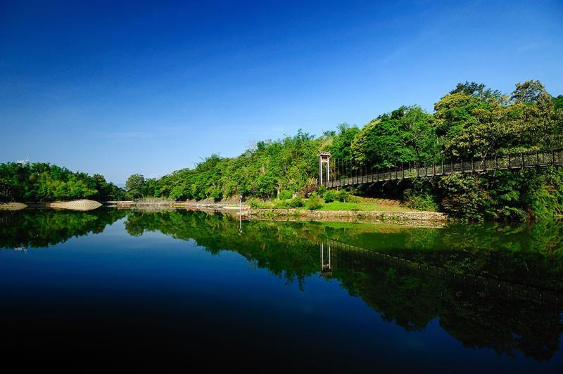 日月潭-吊橋風情