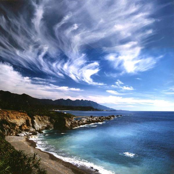 石雨傘的雲彩