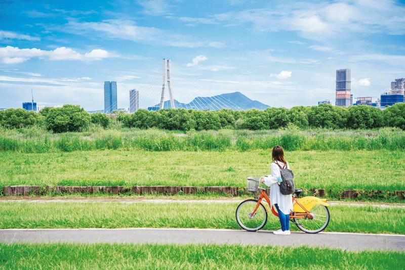 台北河濱自行車道