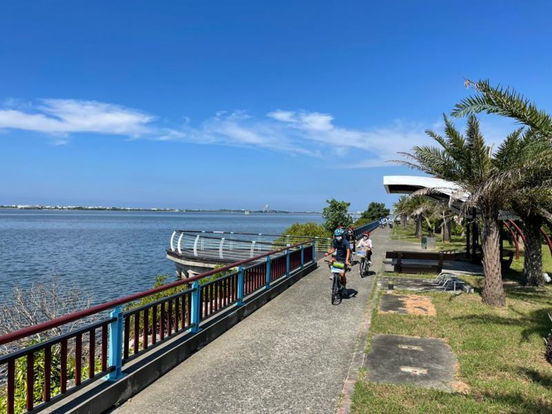 大鵬灣環灣自行車道