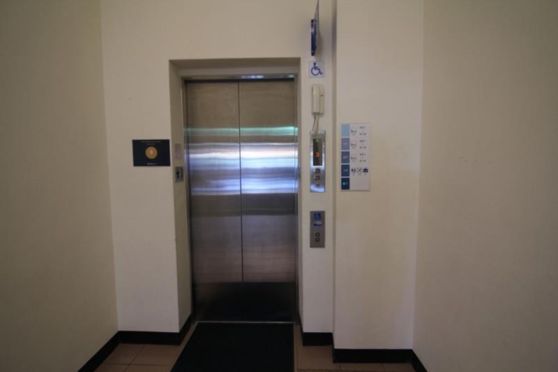 無障礙電梯外觀