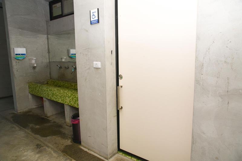 1樓無障礙廁所外觀