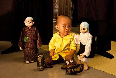 兒童與木偶  年度:2010  作者:茆庸正