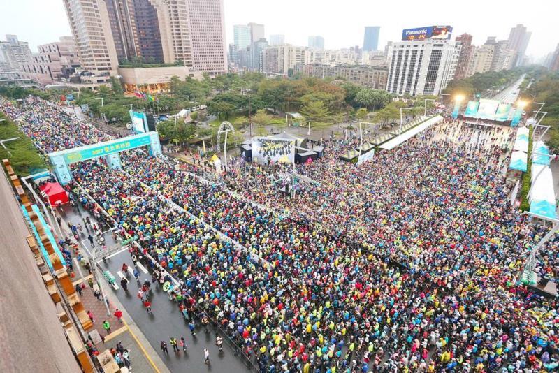 2萬7000人起跑  年度:2017