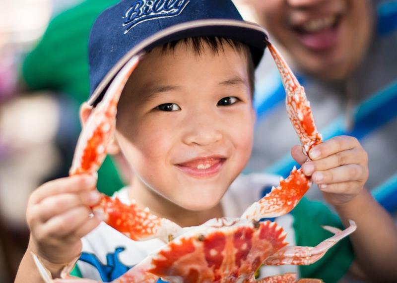 萬里蟹攝影比賽首獎-花蟹項鍊  年度:2017  作者:蔡鴻民