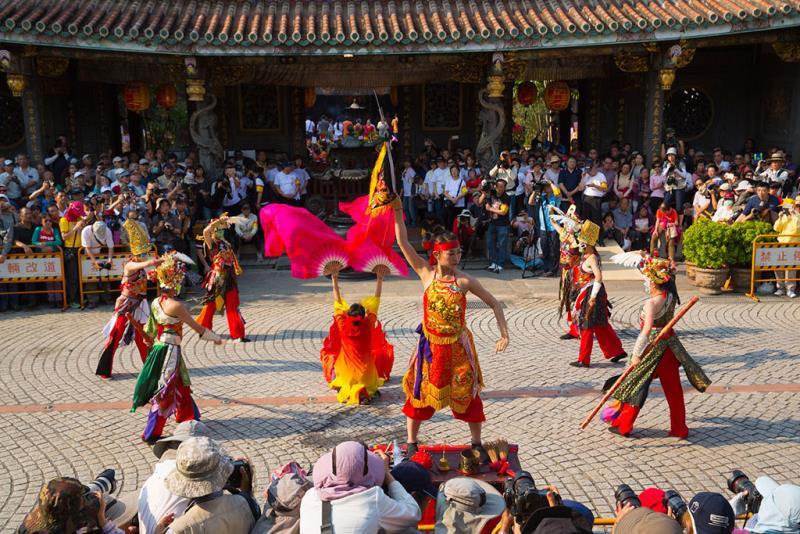 Folklore Performances  Período annual:2017  Fotografías:YU,GUO-HUI  Origen de las fotografías:Taipei Baoan Temple