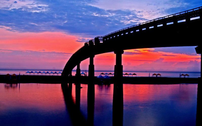 福隆海岸晨曦  來源:東北角暨宜蘭海岸國家風景區管理處