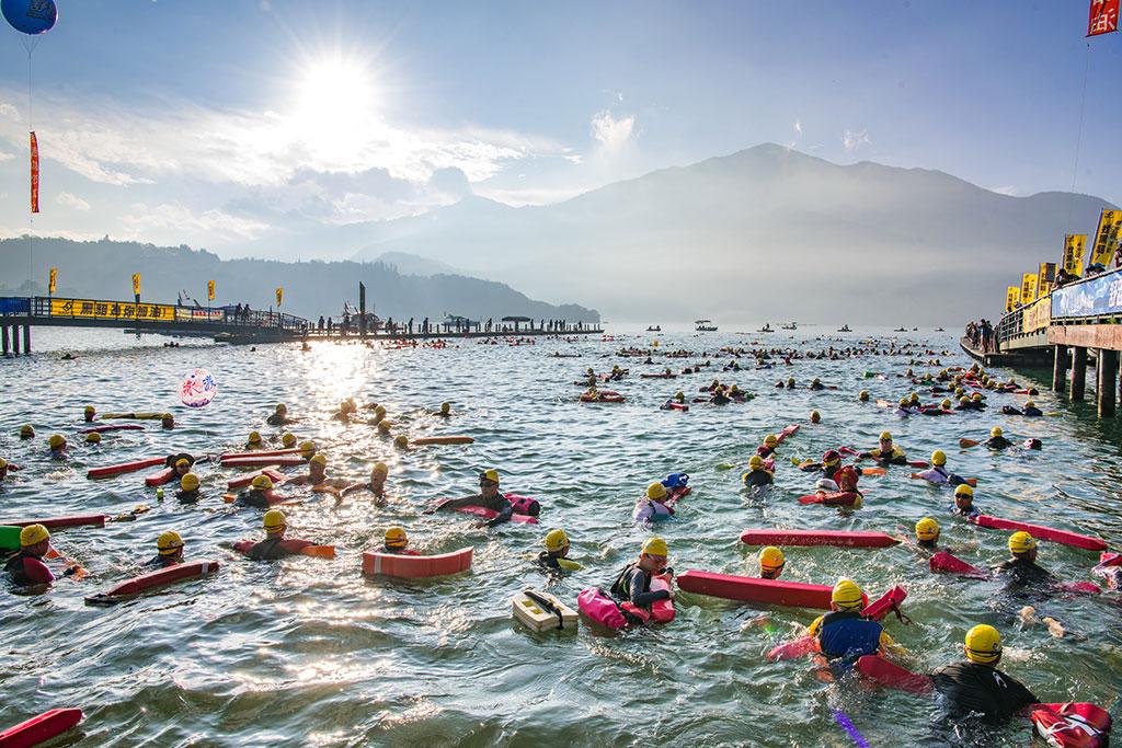 泳渡風光  年度:2019  來源:南投縣政府