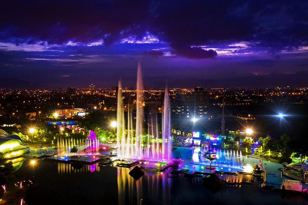 童玩節水舞燈光秀暨夜景  年度:2019  來源:宜蘭縣政府