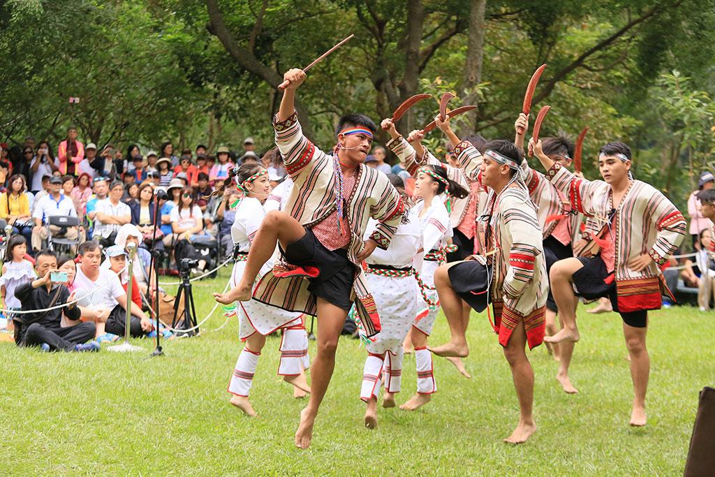 峽谷樂舞團  年度:2019  作者:廖秀婷  來源:太魯閣國家公園管理處