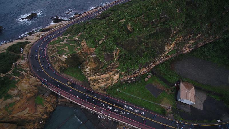 萬金石在地景觀專屬的龜吼駱駝峰跑線  年度:2019  來源:新北市政府體育處
